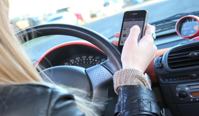 Las peores distracciones al volante