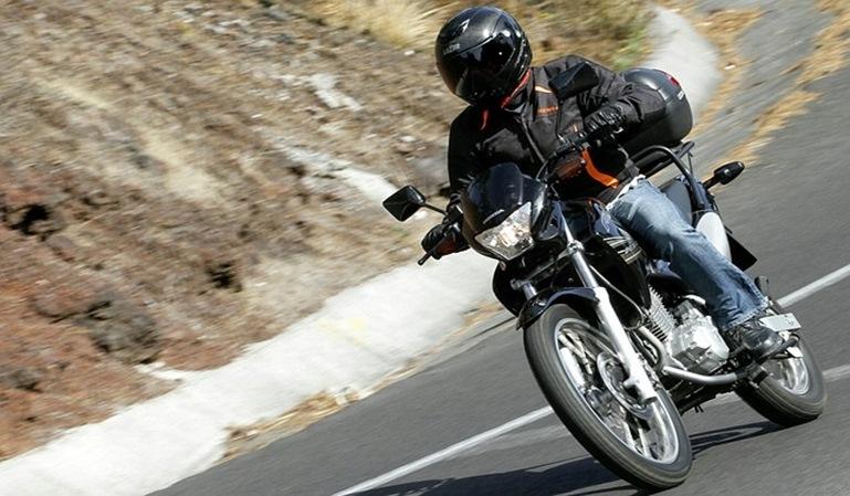 Motos y bicicletas, objetivo de la DGT