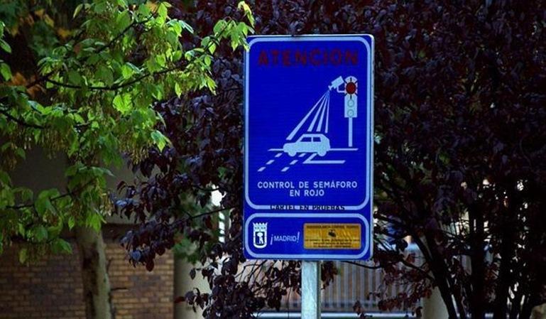 Qué hacer ante las multas de semáforo