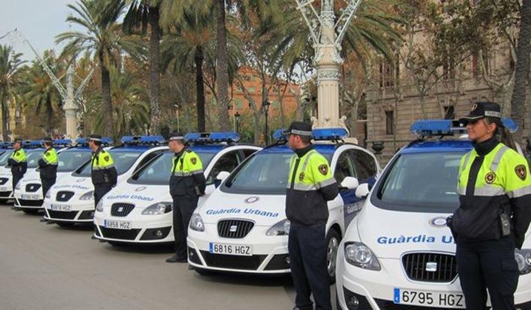 Dos agentes de la Guardia Urbana de Barcelona suspendidos