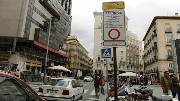 Madrid y la moto. ¿Qué ventajas tiene?