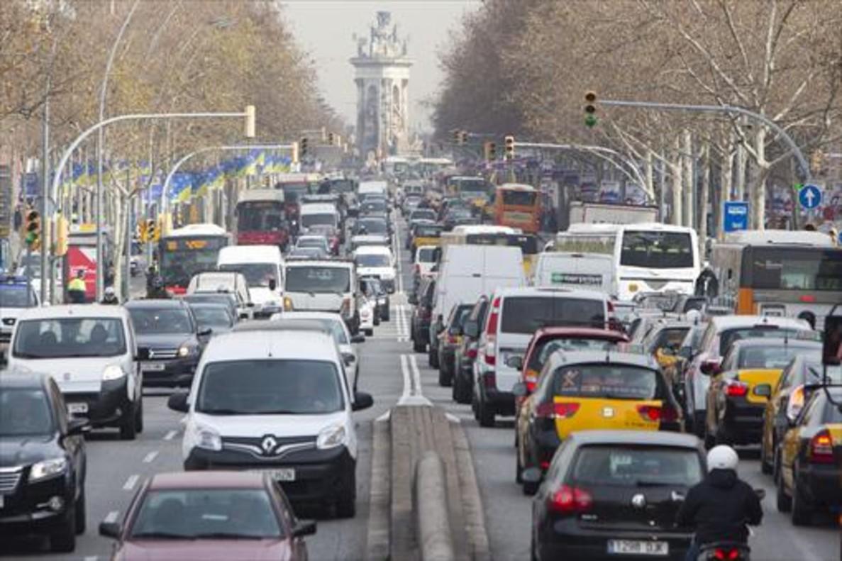 Barcelona restringirá la circulación en 2020