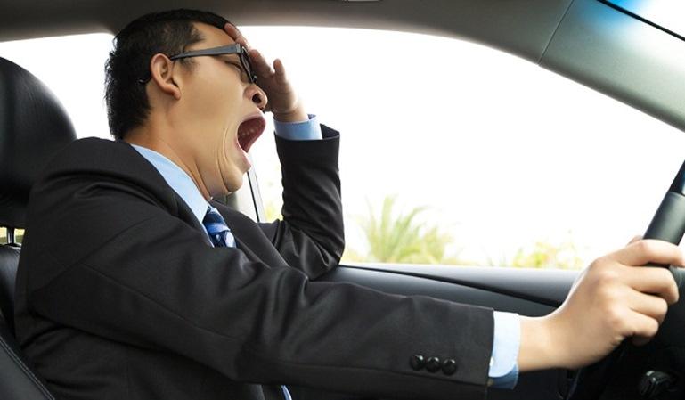 El sueño al volante y sus riesgos