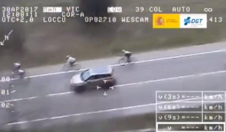 Ciclistas multados por el Pegasus