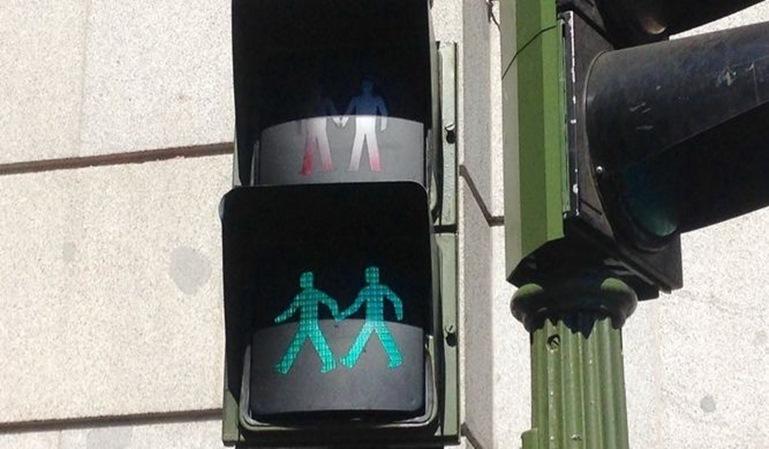 Madrid instala semáforos igualitarios antes de la Semana del Orgullo