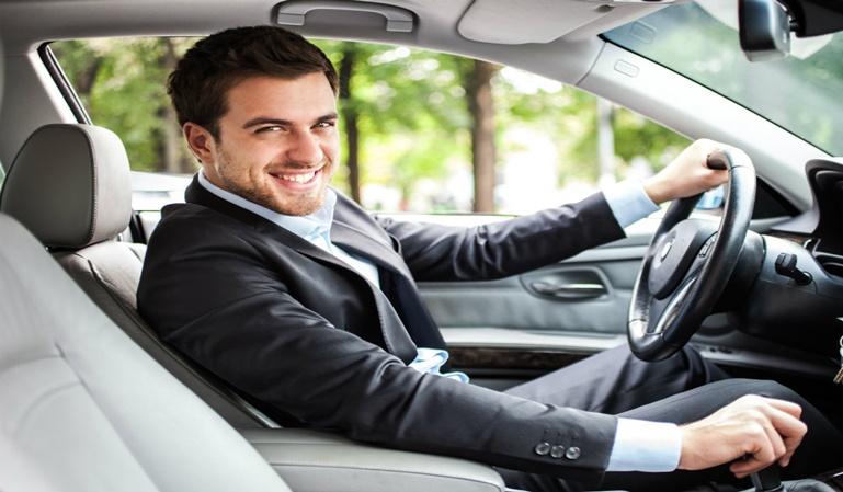Diferencias al conducir entre hombres y mujeres
