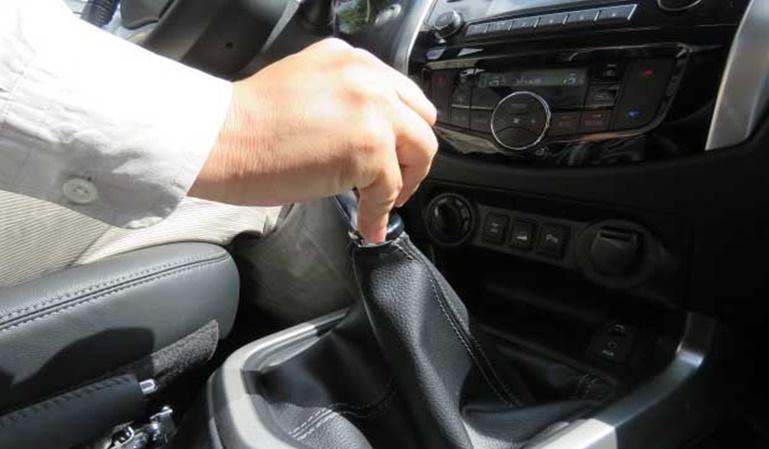 Qué hábitos te estropean el coche