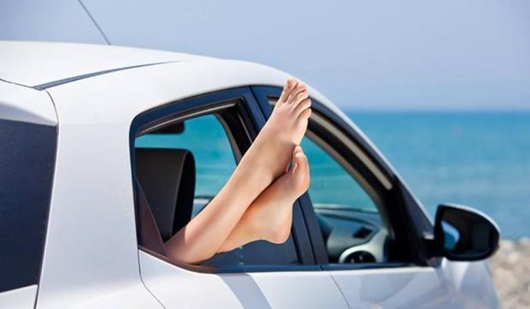 Alquilar un coche en verano, cómo tener éxito