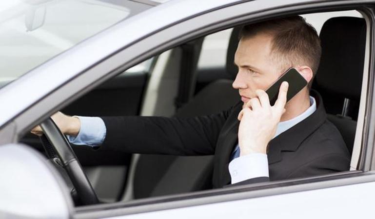 """Al volante, en el móvil """"modo coche"""""""