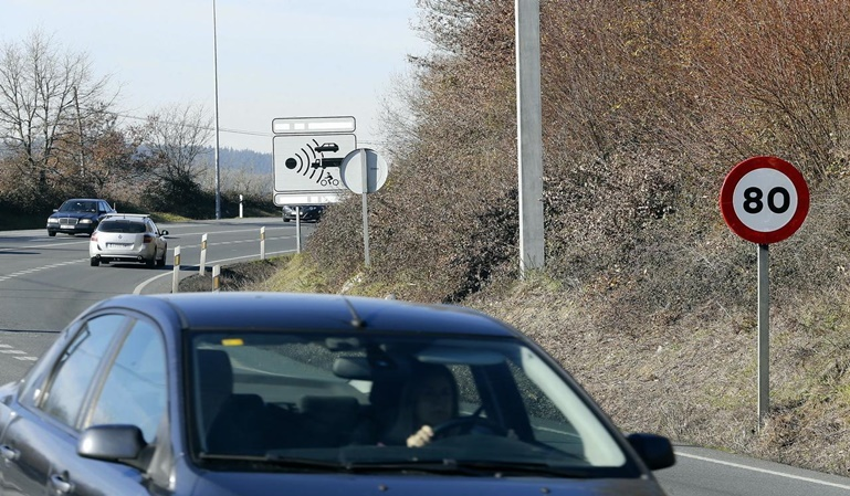 La DGT va a reducir a 80 la velocidad en carretera