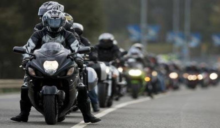 Los Motoristas y las trampas de la carretera