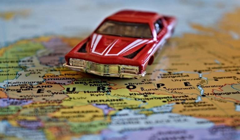 Viajar por Europa en coche: pautas a seguir