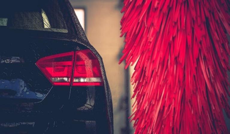 ¿Es bueno el autolavado para el coche?