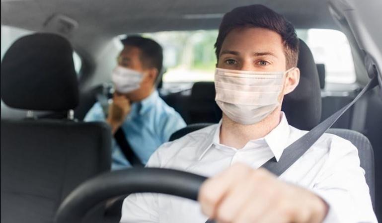 ¿Es obligatorio llevar mascarilla en el coche?