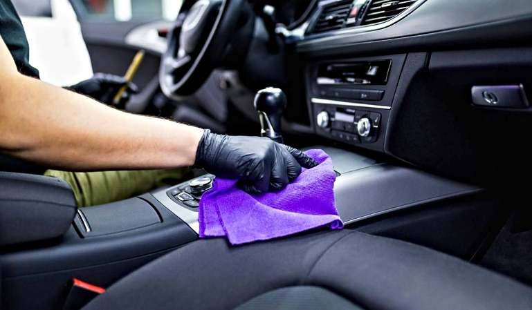 Recomendaciones para desinfectar el coche y evitar contagios