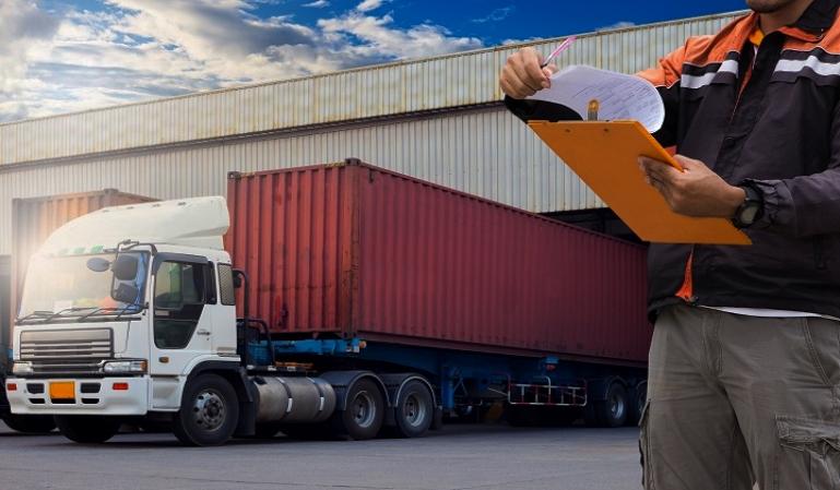 Restricciones a la circulación en el transporte de mercancías