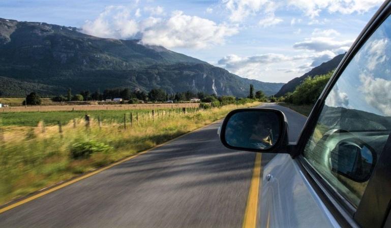 Carreteras secundarias: cómo circular con seguridad