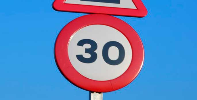 DGT busca imponer el límite 30 en ciudades