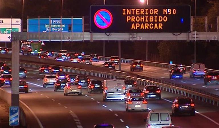Madrid cierra el tráfico total a la alta contaminación