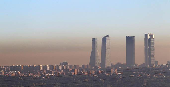 Contaminaci'on en Madrid desde la M506 Pozuelo. Carlos Rosillo.