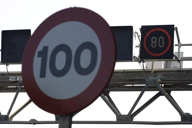 Multa de tráfico invalidada sin imagen de acreditación