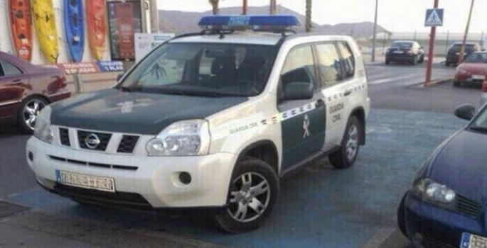 Nueva multa por denunciar públicamente el mal aparcamiento de un agente