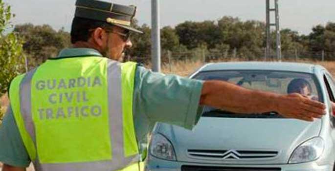 La polémica de los agentes que no dan el alto al conductor para multar
