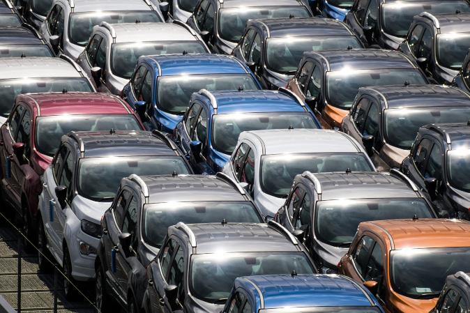 Automóvil, el sector acumula un 35% de perdidas en los útimos 4 meses