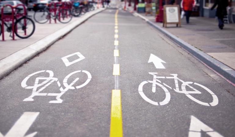 Qué multas te ponen si no respetas a peatones y ciclistas
