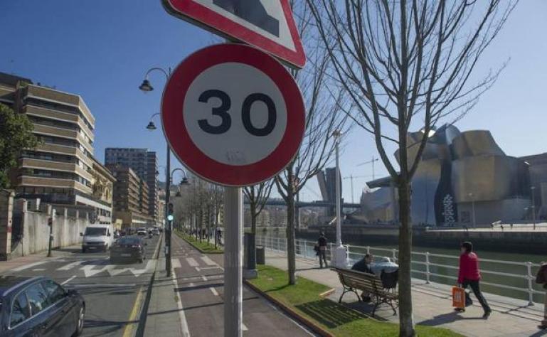 La DGT anuncia cuándo se aplican los nuevos límites de velocidad