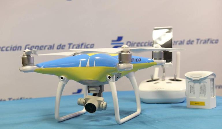 ¿Cómo vigilan y multan los drones de la DGT en las carreteras españolas?