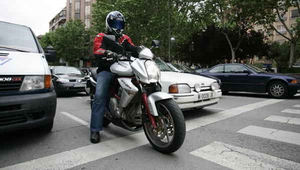 Las multas de tráfico más comunes al circular en moto
