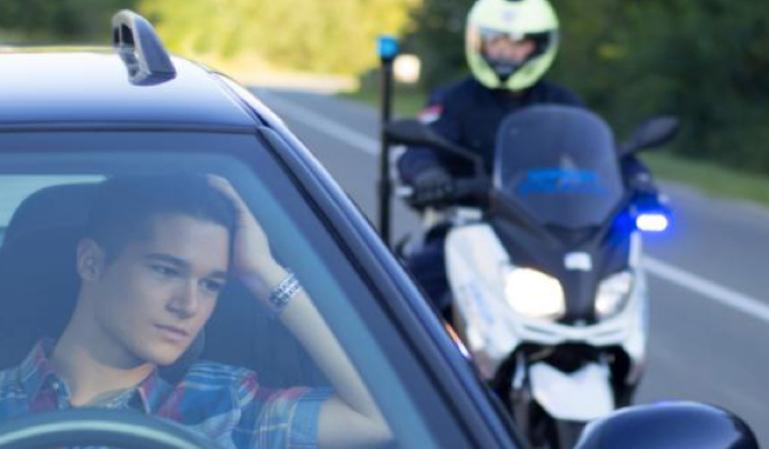 Titular o conductor de un vehículo ¿Quién es responsable de las multas?