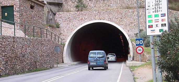 Consejos para evitar multas y radares en túneles