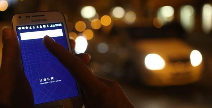 Uber echa el cierre temporal de su servicio en España