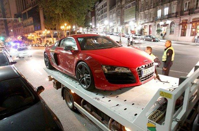 Un Audi R8 incautado en Vigo (Foto: Motorpasión)